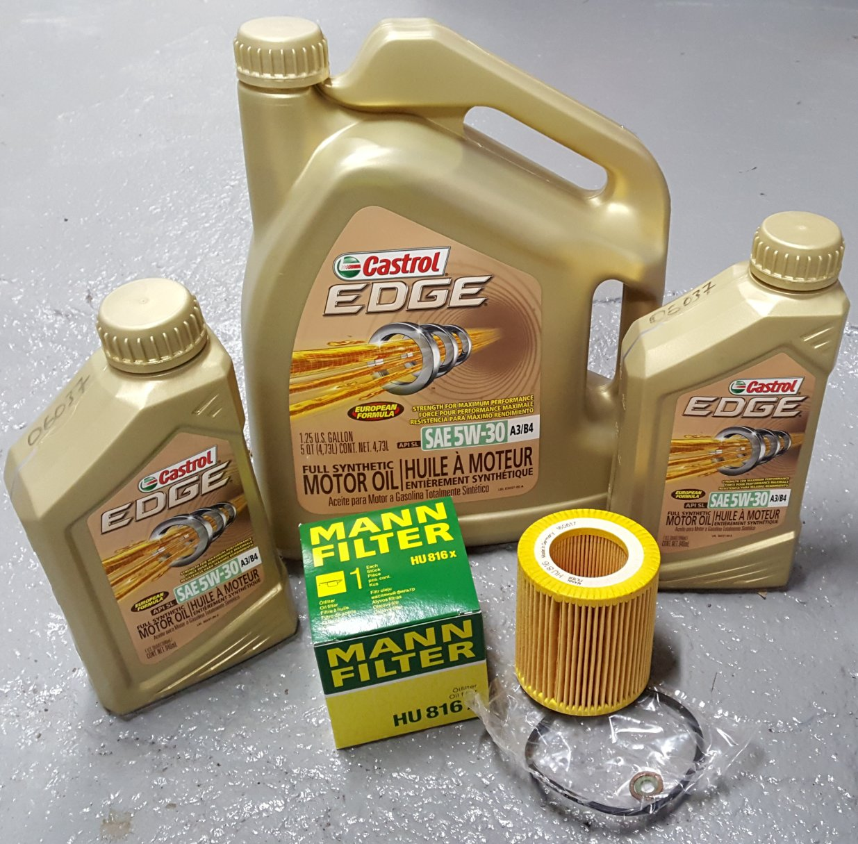 CASTROL 5w-30 OIL CHANGE KIT BMW X5 2007-2013 3.0L ENGINE